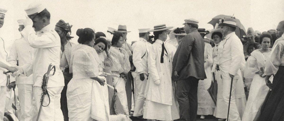 테프트-가츠라밀약을 체결한 테프트일행이 조선에 도착하여 Alice Roosevelt 와 그녀의 약혼자 롱 월스 하원의원2.jpg